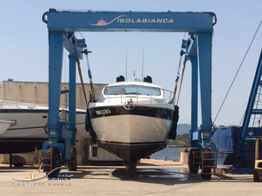 Yacht-Refitting_-eliche-pulizia (1)